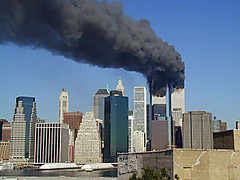 800pxwtc_smoking_on_911
