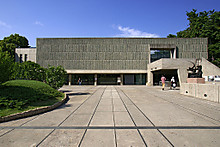 1024pxnational_museum_of_western_ar