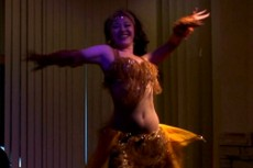 Riris_belly_dance1