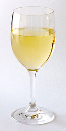 White_wine_glas